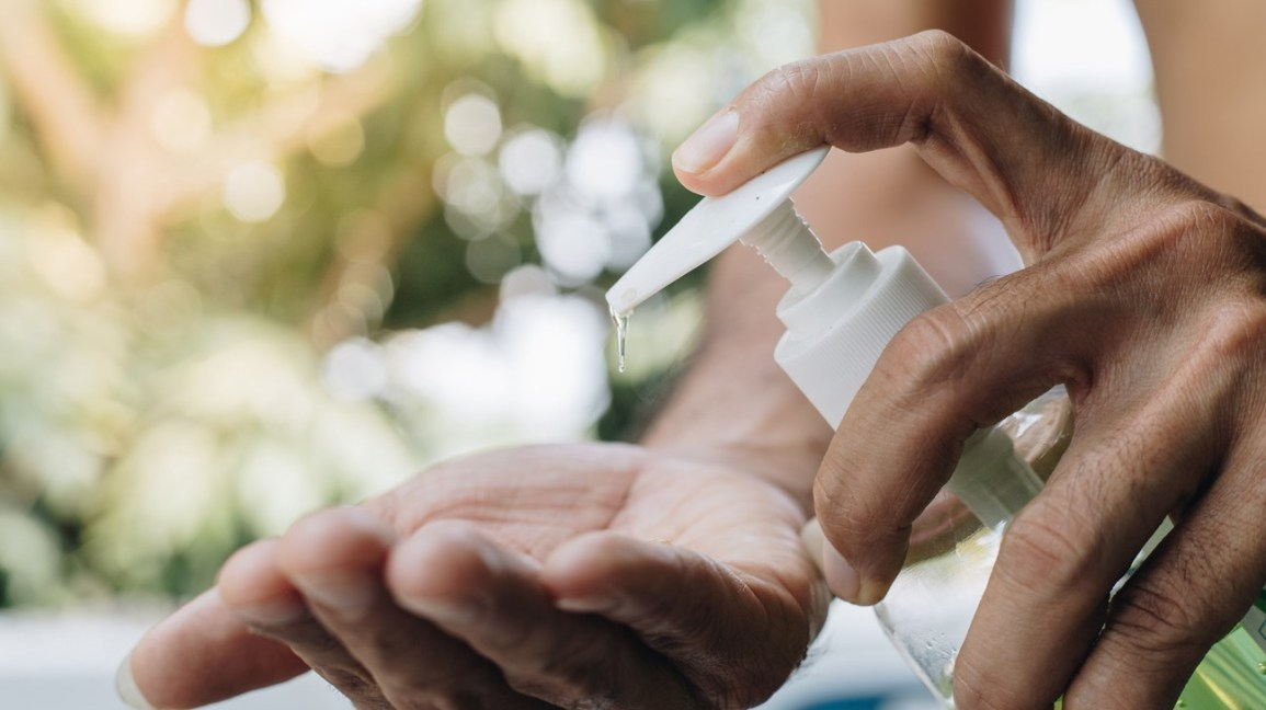 How To Use Hand Sanitizer Correctly